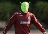 Pourquoi Wayne Rooney a le même style de jeu que John Terry ?