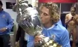 Diego Forlan, la Copa America et le sexe de Caceres
