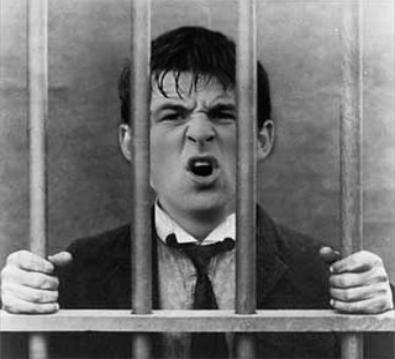 Joey Barton se met tout Arsenal à dos