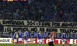 Les supporters de Shalke 04 critiquent le prix des places en Europa League