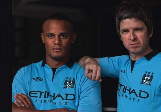 Maillot de Manchester City domicile home 2012-2013 bleu par Umbro