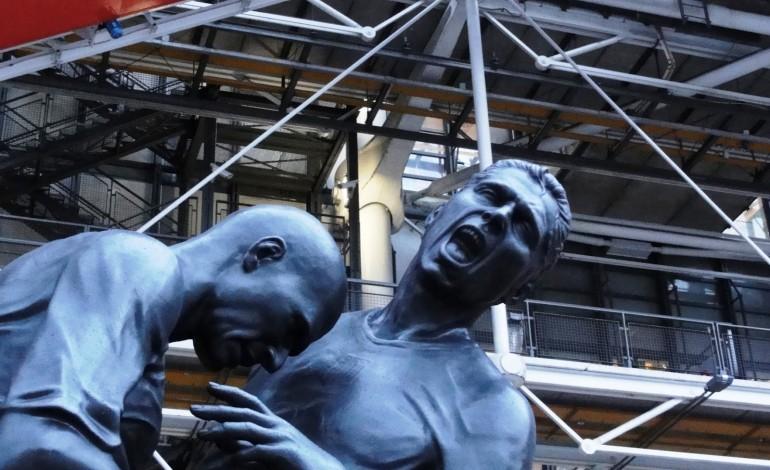 Adel Abdessemed expose sa vision du foot au Centre Pompidou