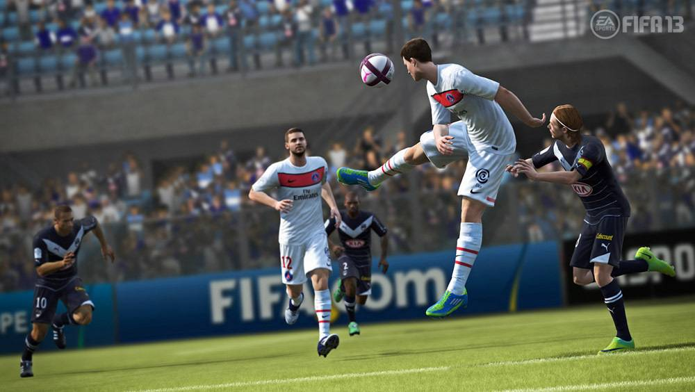 Les bugs de FIFA 13 qui rendent le jeu si attachant
