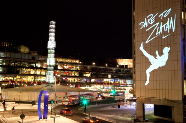 Nike projette Zlatan Ibrahimovitch à Stockholm