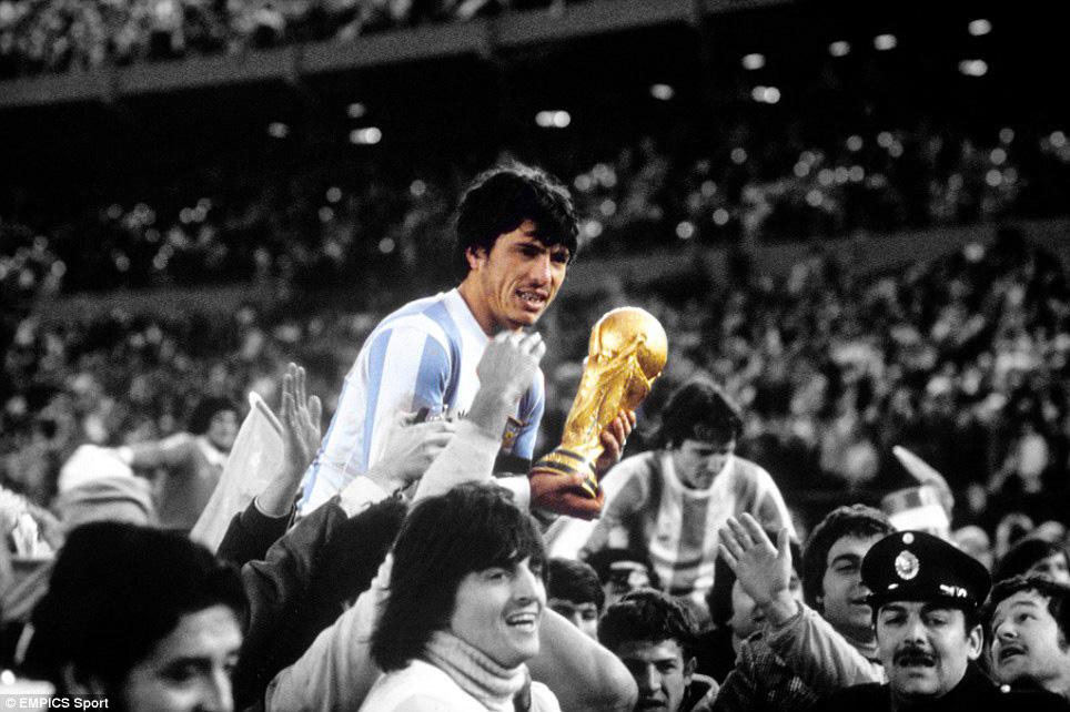 Coupe du Monde 1978 en Argentine, triomphe de la dictature de Videla