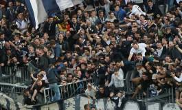 """""""Pour ou Contre"""" : la sécurité doit-elle primer sur l'ambiance au stade ?"""