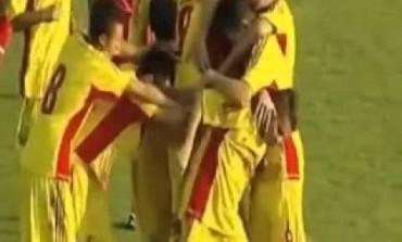 Ianis Hagi claque une frappe de 25 mètres avec la Roumanie U15