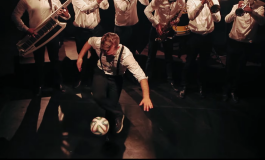 Le freestyler Gautier Fayolle dans le clip de GET7 Brass Band