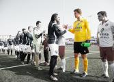 Edwin Van der Sar rechausse les gants et sauve son club formateur