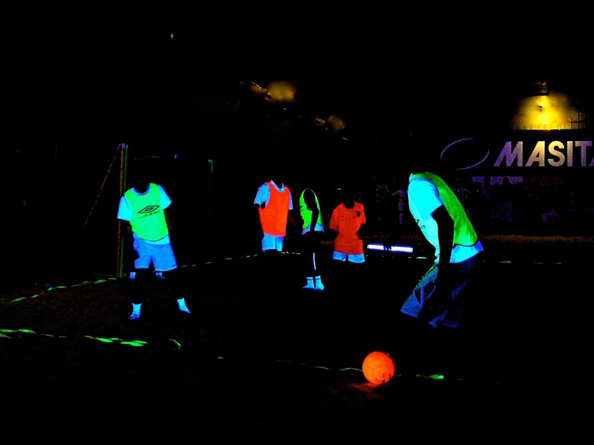 Le «Foot ByNight», pour stimuler ses sens dans la pratique du football