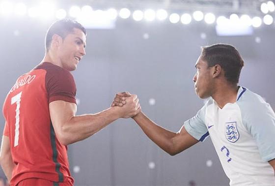 "Nike présente sa pub pour l'Euro baptisée ""The Switch"", avec Cristiano Ronaldo"