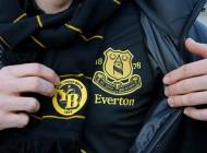 Il demande à 92 clubs anglais les raisons de les supporter