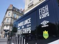 Umbro a installé des food trucks pour présenter ses nouveaux maillots