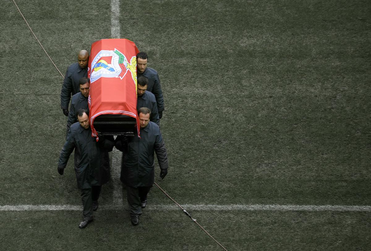 Les 5 manières les plus dingues de rendre hommage à des fans de football décédés