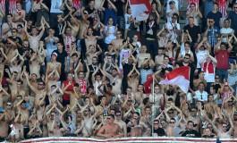 Des supporters lyonnais ont du retirer leur maillot à l'entrée de Marcel Picot