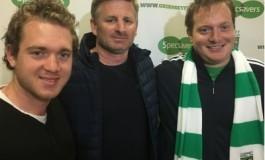 Ils font 17 000 km pour rendre visite à leur club dans Football Manager