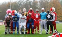 Les joueurs de Cologne s'entrainent déguisés pour le Carnaval