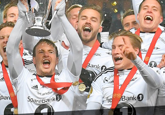 Rosenborg fête son titre en Coupe de Norvège par un Mannequin Challenge