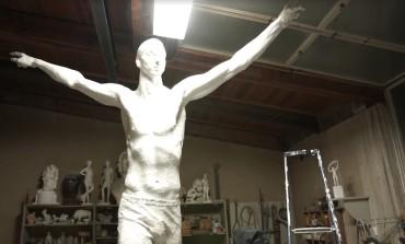 Zlatan Ibrahimovic aura sa statue en Suède