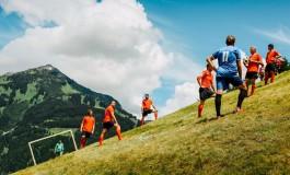 """""""Alpine Soccer"""", le nouveau football à 45°"""