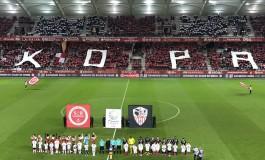 La mort de Raymond Kopa démontre à nouveau que la France n'est pas un pays de foot