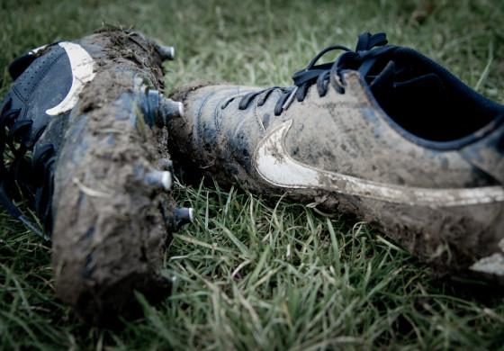 Comment laver, nettoyer et entretenir ses chaussures de football ?