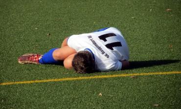 Elongation, déchirure, rupture : comment éviter les blessures musculaires au football ?