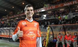 Kappa revisite le maillot de Lorient pour honorer le cycliste Warren Barguil