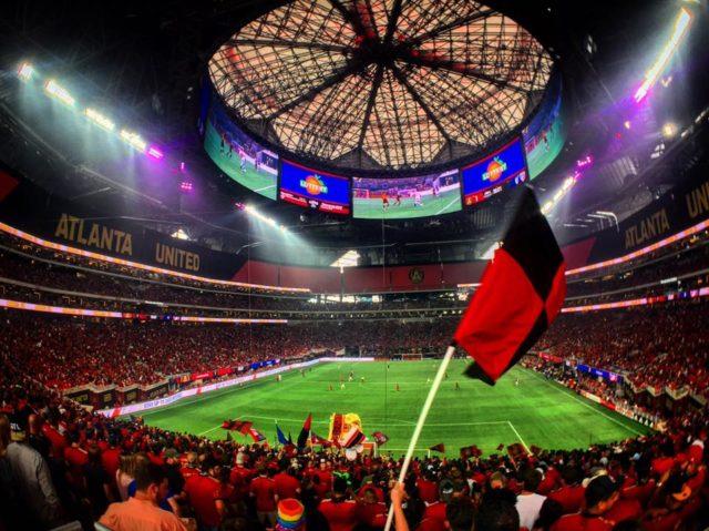 L'Atlanta United a joué son premier match dans l'innovant Mercedes-Benz Stadium
