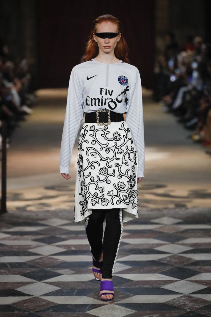 Le PSG marque sa présence à la Fashion Week Paris