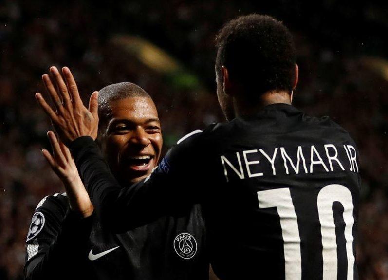 Neymar a offert son maillot à une ancienne gloire du Celtic pour la bonne cause