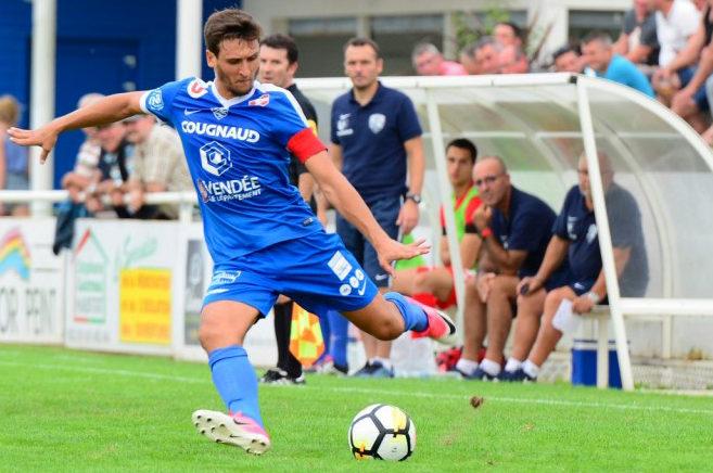 Un salarié du FC Nantes est invité à ne pas jouer contre son employeur