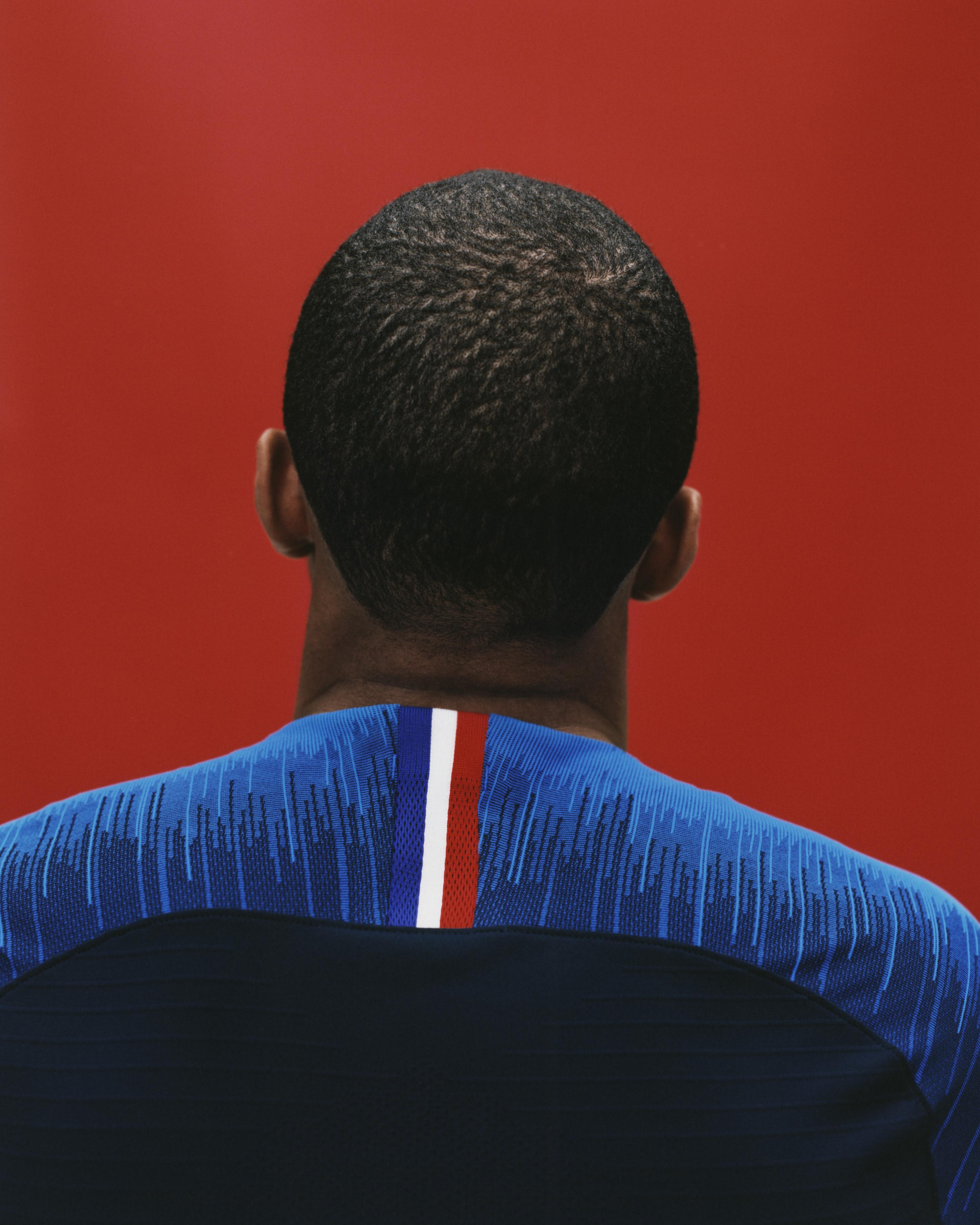 Nike présente les maillots des Bleus pour la Coupe du Monde