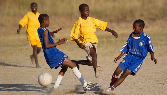 "Trafic d'enfants, le ""vilain petit secret"" du football"