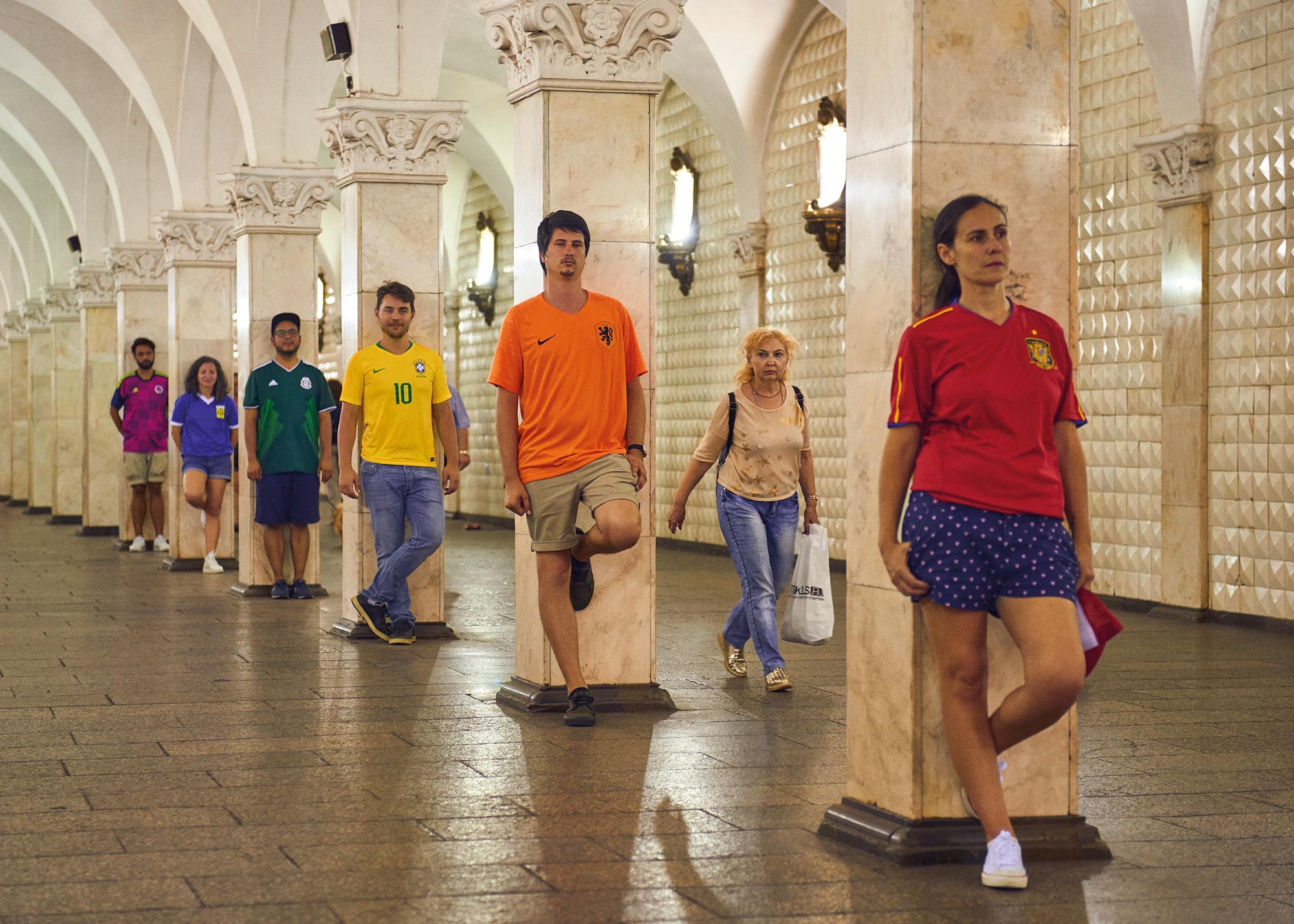 En Russie, ils imitent le drapeau LGBTQ avec leurs maillots de foot