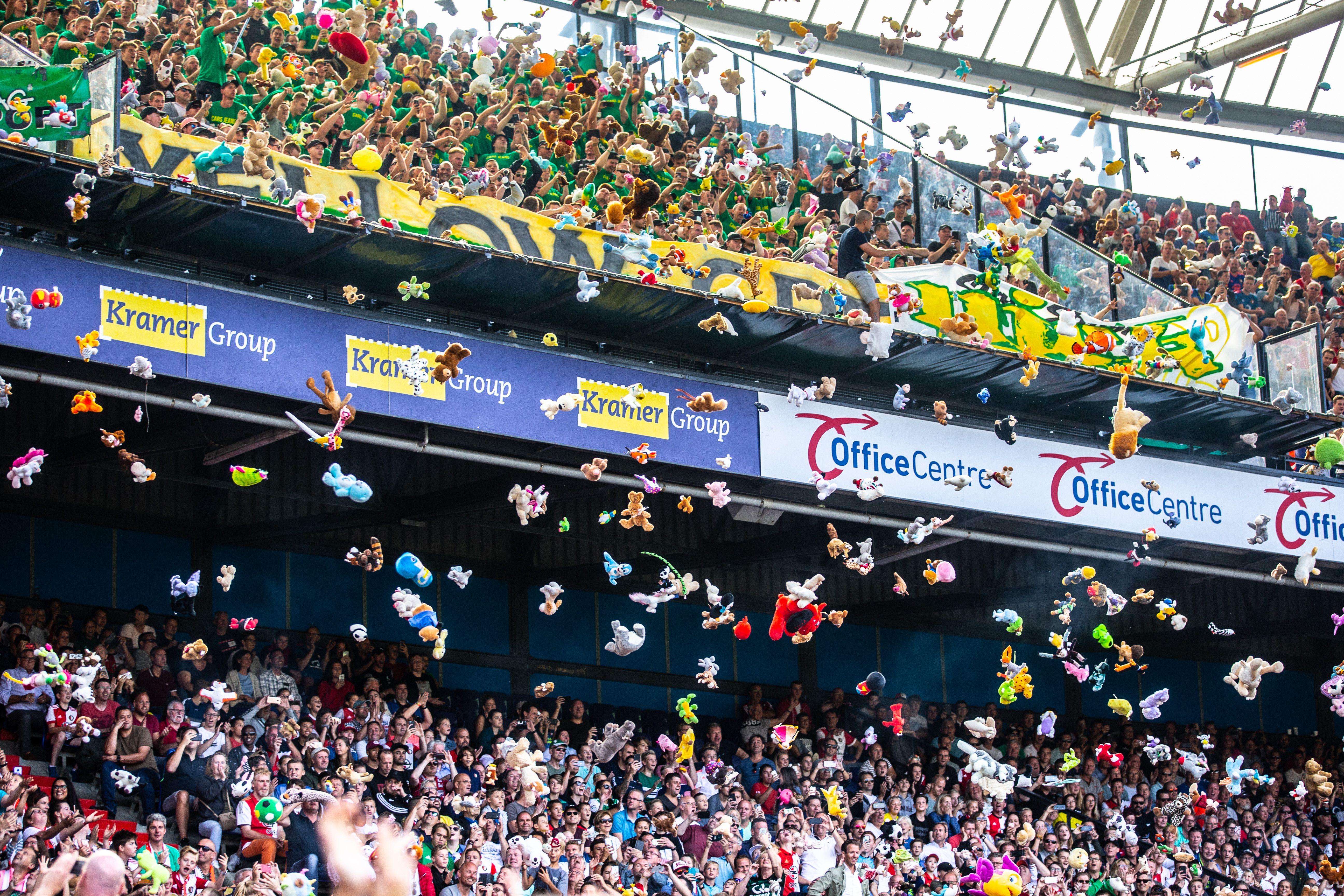 A Rotterdam, une nouvelle pluie de peluches pour les enfants malades