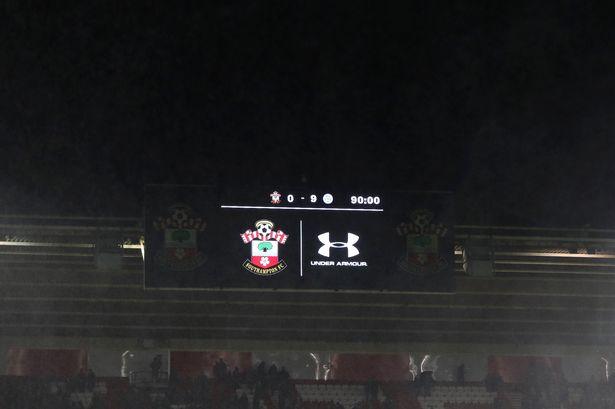Après la fessée contre Leicester, les joueurs de Southampton ont donné leur salaire à la Fondation du club