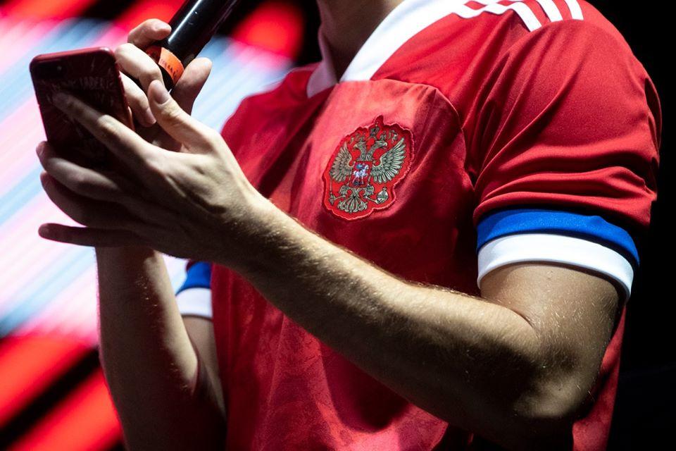 «C'est le drapeau serbe» : les Russes refusent de porter leur nouveau maillot