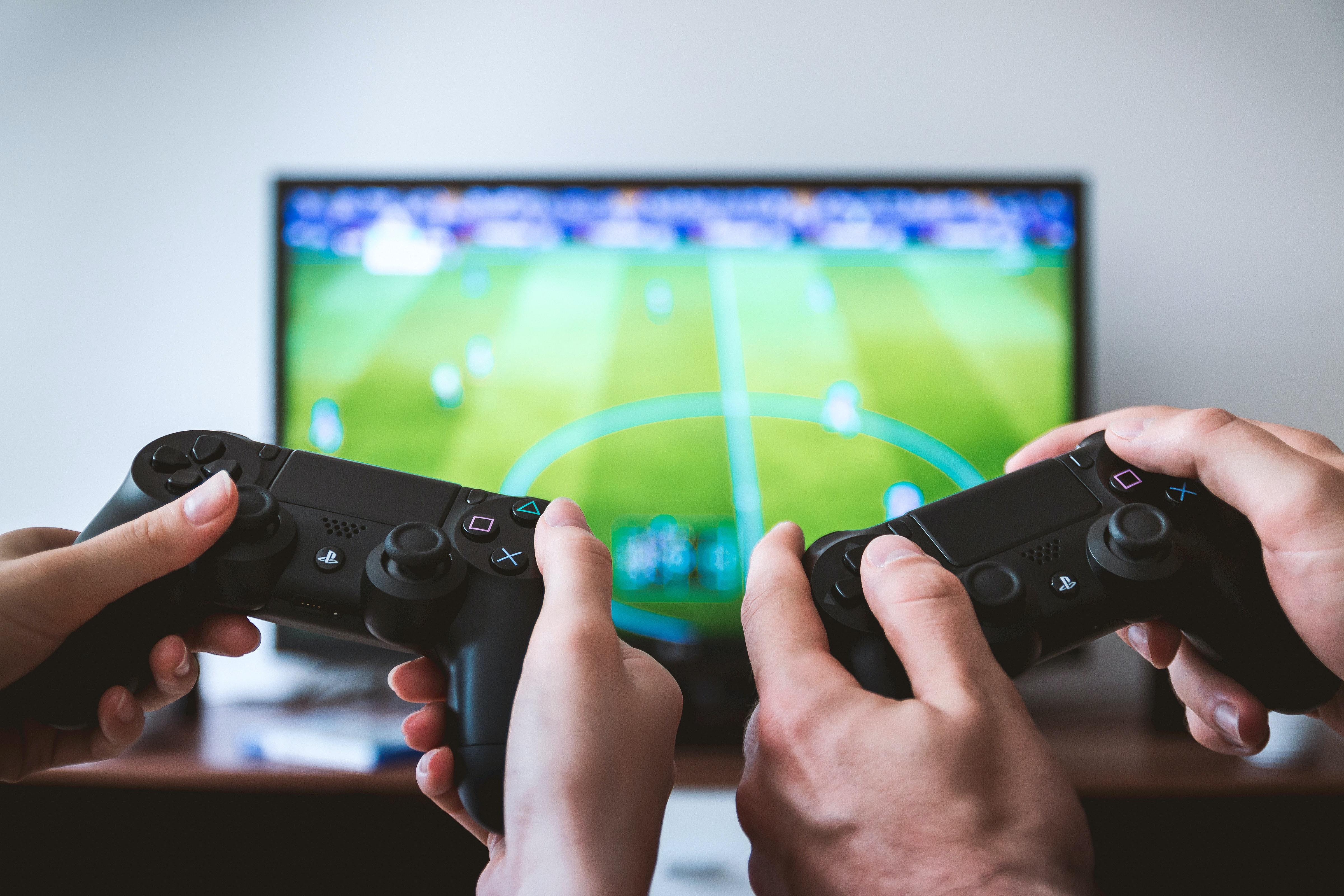Comment le jeu et l'e-sport ont gagné en popularité dans le football