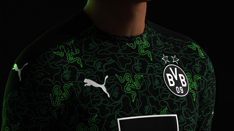 Le Borussia Dortmund sauce Razer X Bape avec SETTPACE
