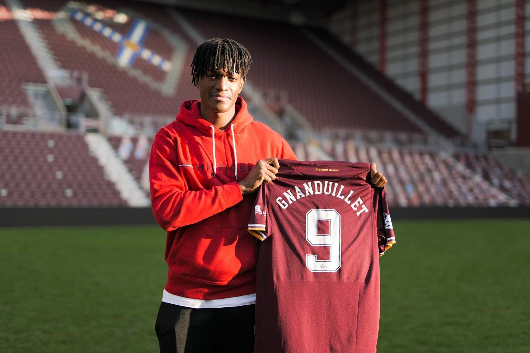 «Je touche du bois, on va monter en étant champions» Armand Gnanduillet, Heart of Midlothian FC
