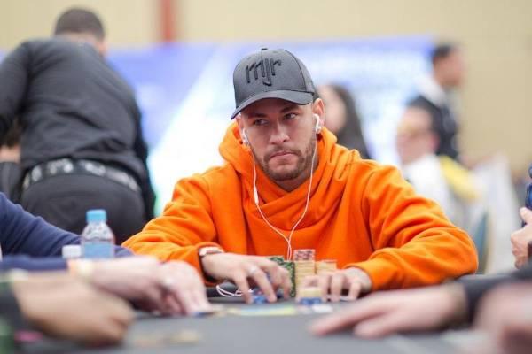 Le phénomène Neymar : Blessures et parties de poker