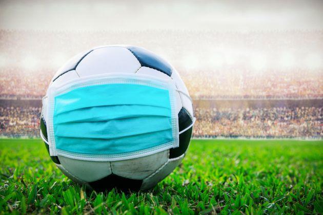 Les impacts de la COVID-19 sur le football